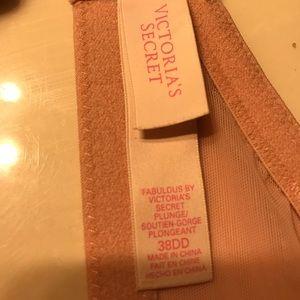 Victoria's Secret Intimates & Sleepwear - Victoria Secret Fabulous plunge bra  38DD